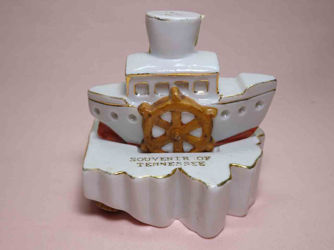 Ohio and river boat salt and pepper shakers