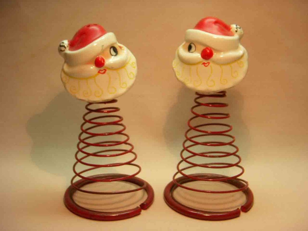 Introduction to shaker types - wire and spring sets - Santa heads on wire springs