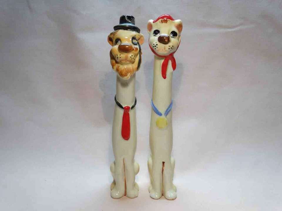 Skinny animal couple tallboy salt and pepper shakers - lions