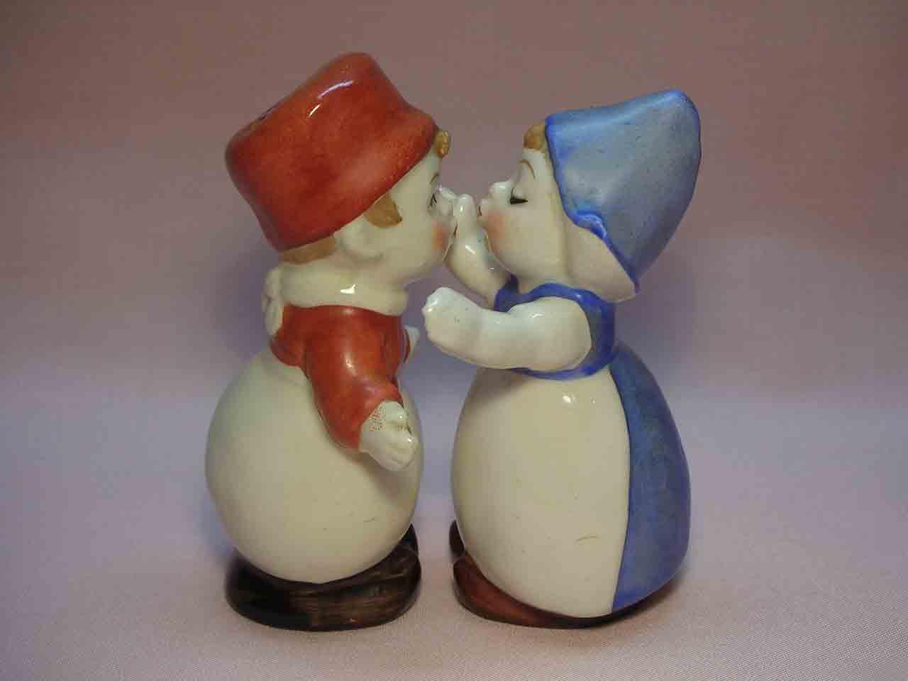 Goebel huggers salt and pepper shakers - Holland / Dutch