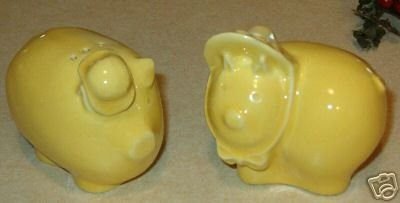 Pacific pigs salt and pepper shakers