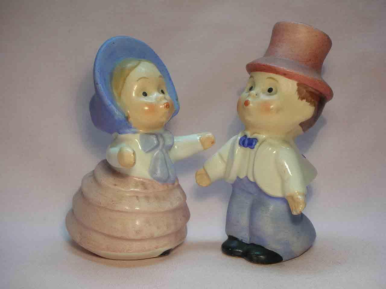 Goebel huggers salt and pepper shakers - Southern Couple