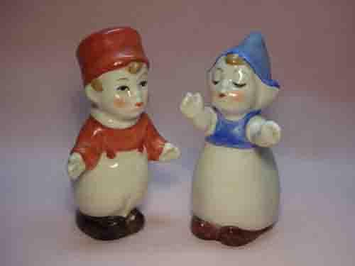 Goebel huggers salt and pepper shakers - Hollanders