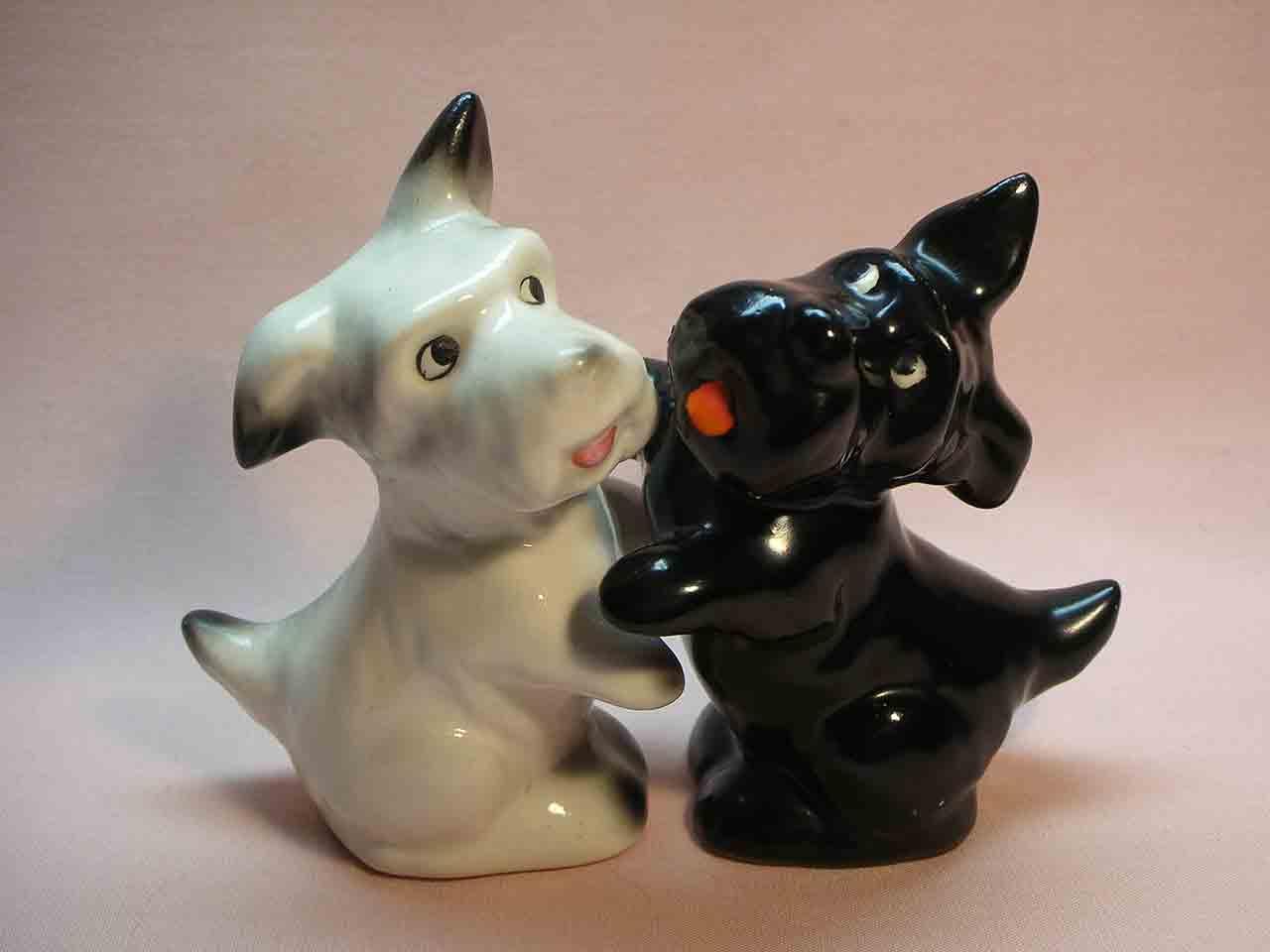 Goebel huggers salt and pepper shakers - Scotty Dogs