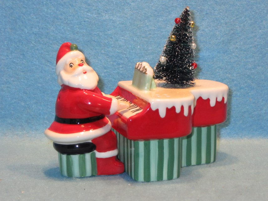 Santa and Piano salt and pepper shakers