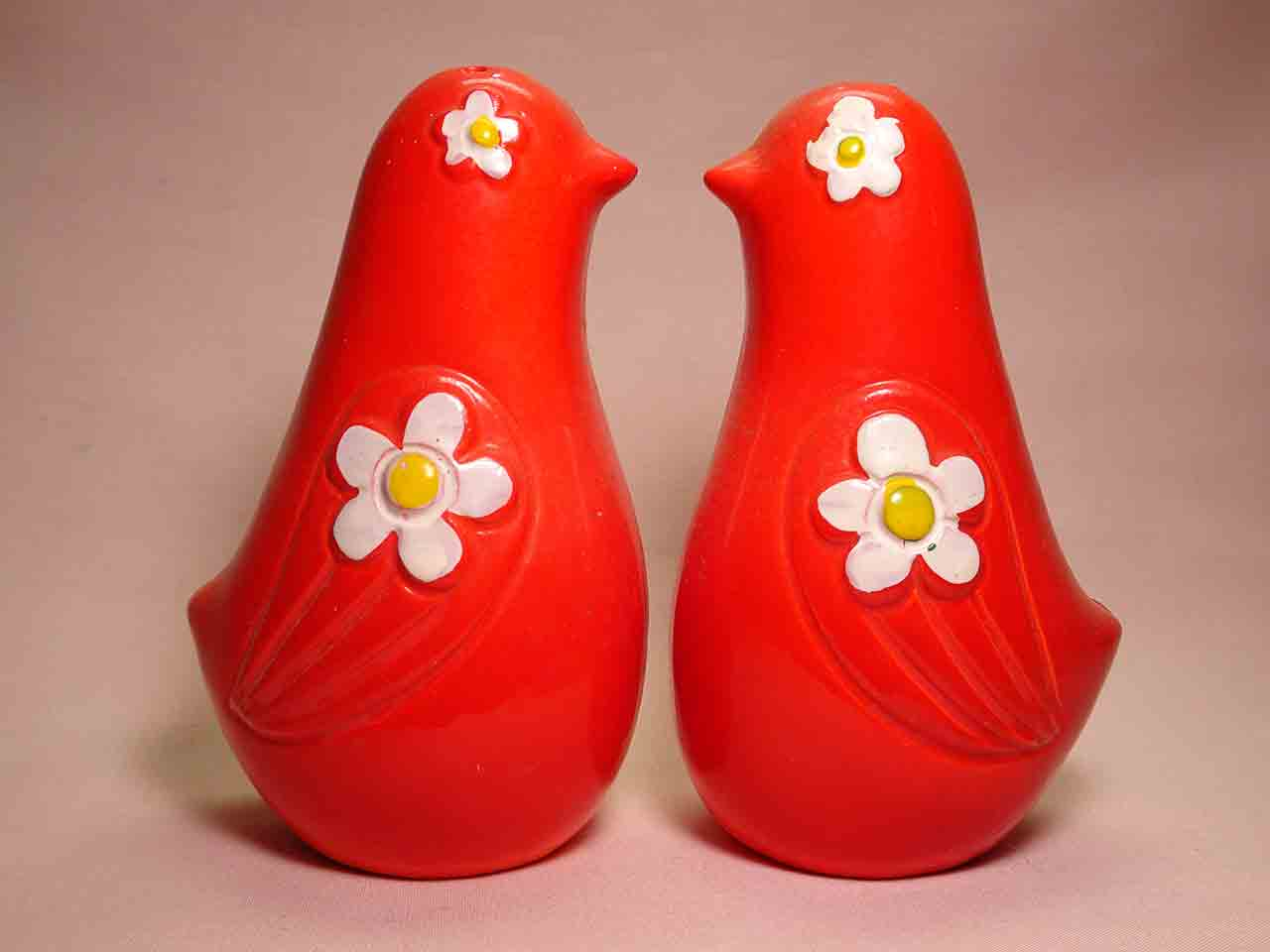 Birds with flower eyes salt and pepper shakers