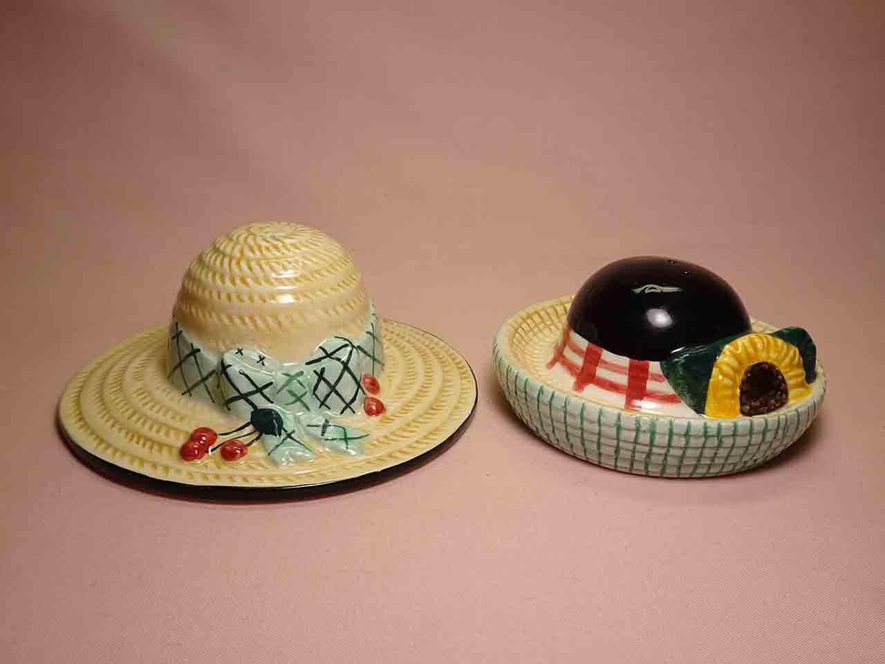 Vandor household items salt and pepper shakers - ladies' gardening hats