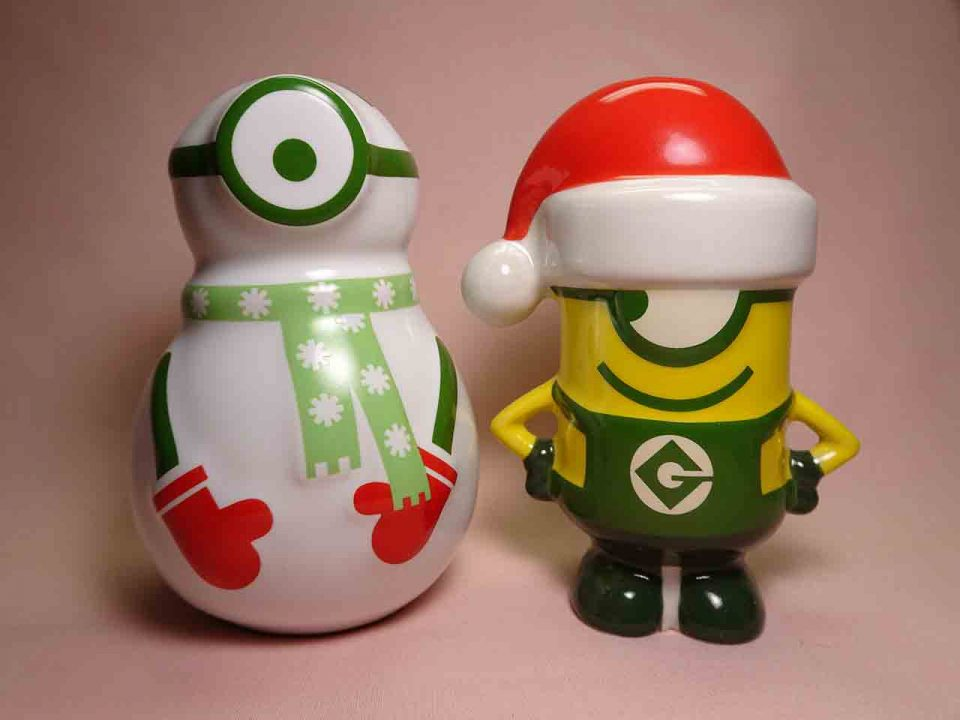 Christmas Minion with snowman salt and pepper shakers