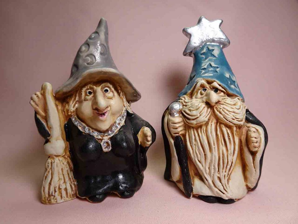 McGovney wizard and witch salt and pepper shakers
