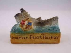 Pearl Harbor chalkware salt and pepper shakers