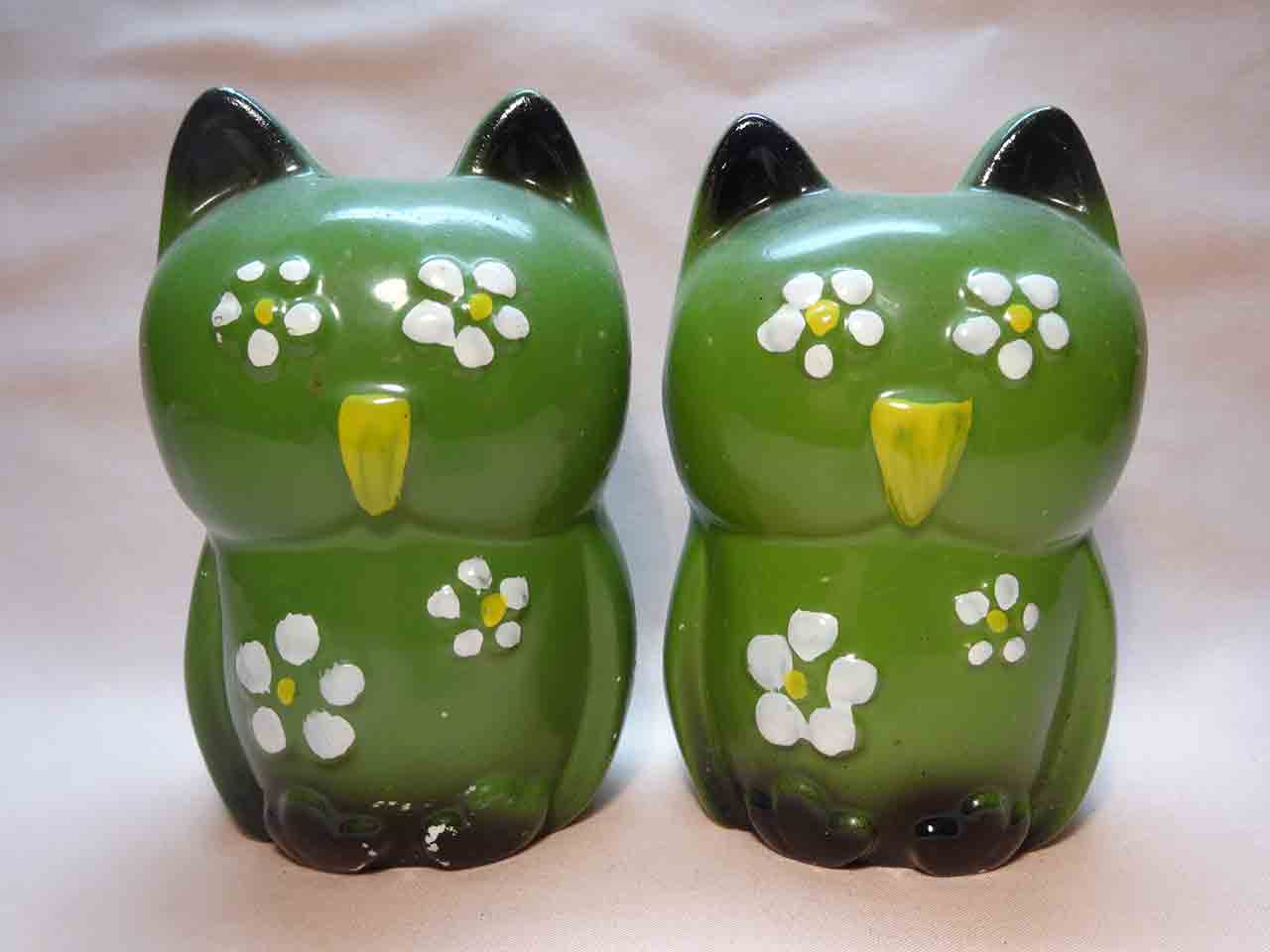 Owls salt and pepper shakers