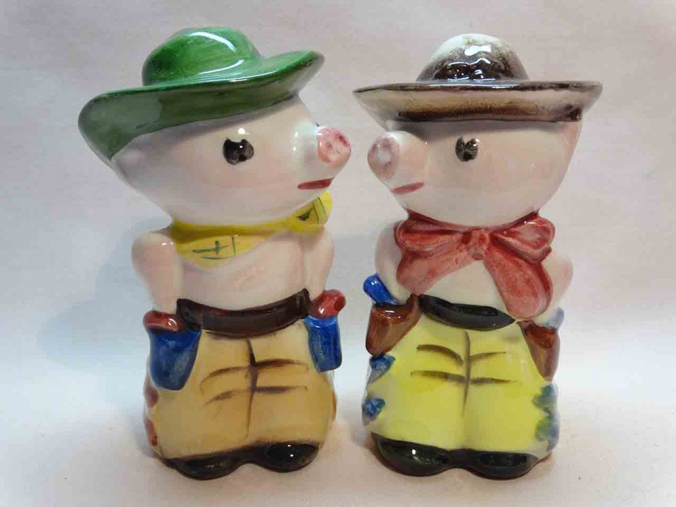 Pigs dressed up as cowboys salt and pepper shakers