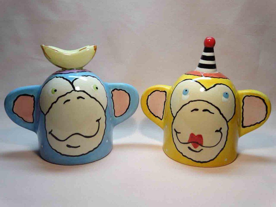 Strange monkey heads salt and pepper shakers