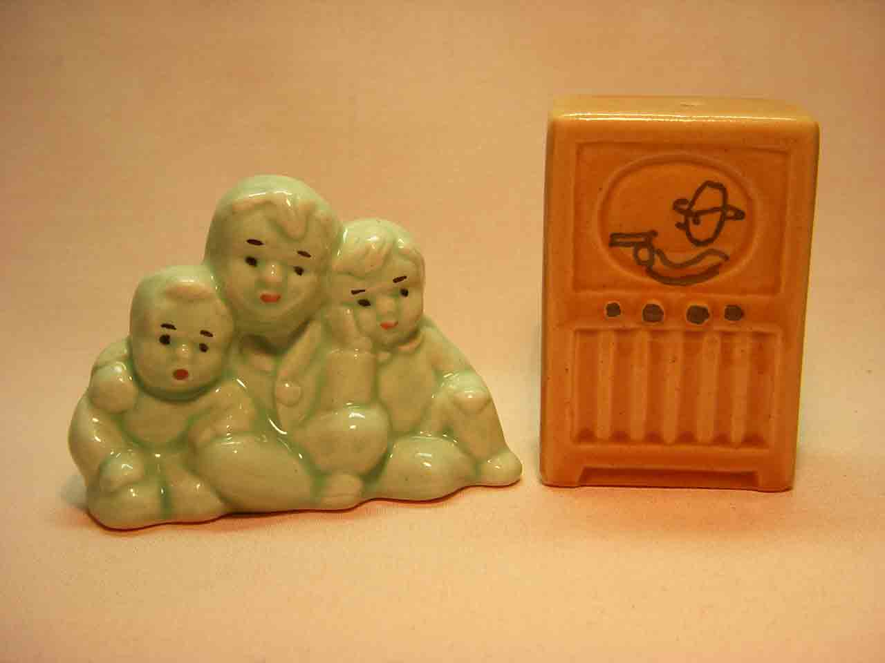 Go with kids watching western salt and pepper shakers