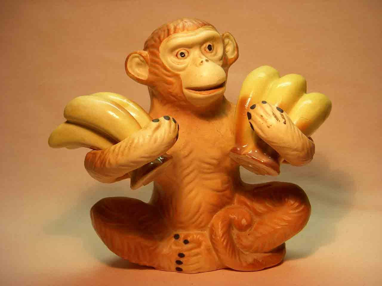 Monkey holding bananas salt and pepper shaker