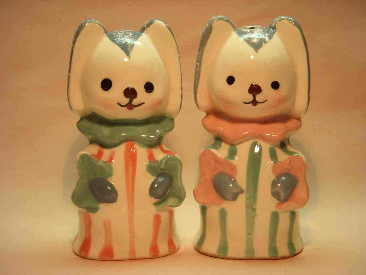 Animals in pajamas series salt and pepper shakers - dogs