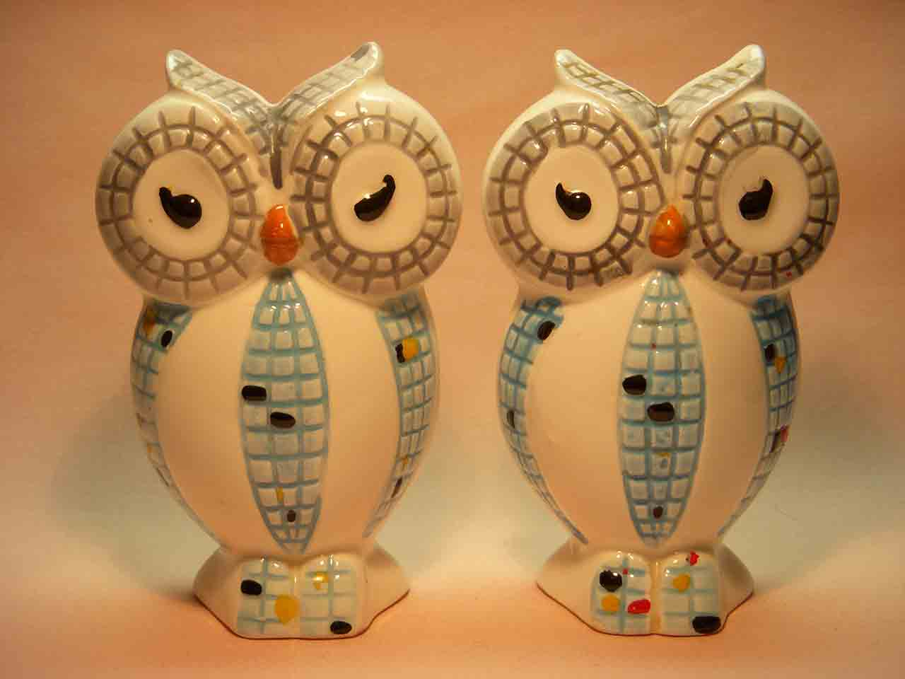 Mosaic owls salt and pepper shakers
