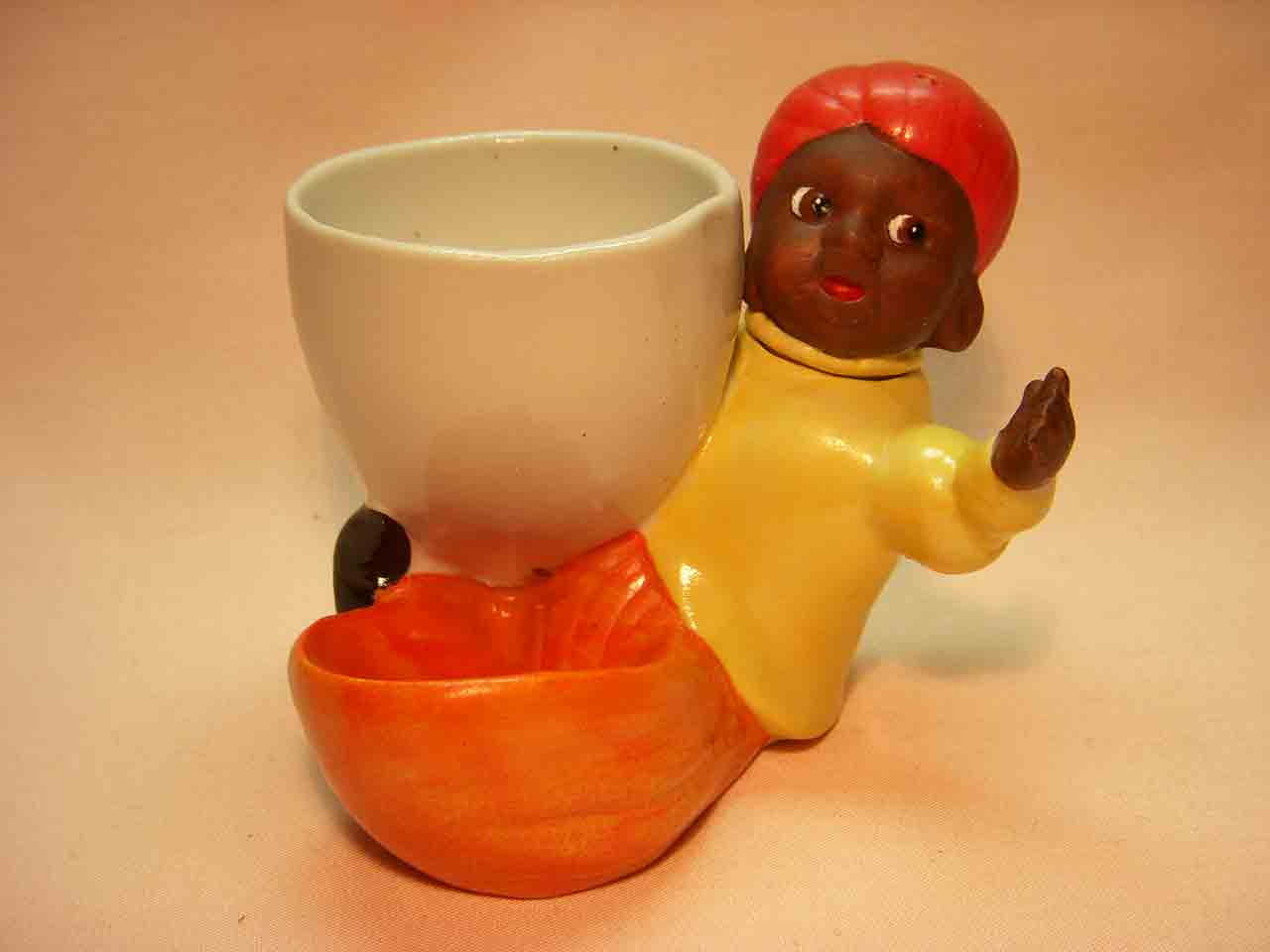 Germany egg cup person salt and pepper shakers