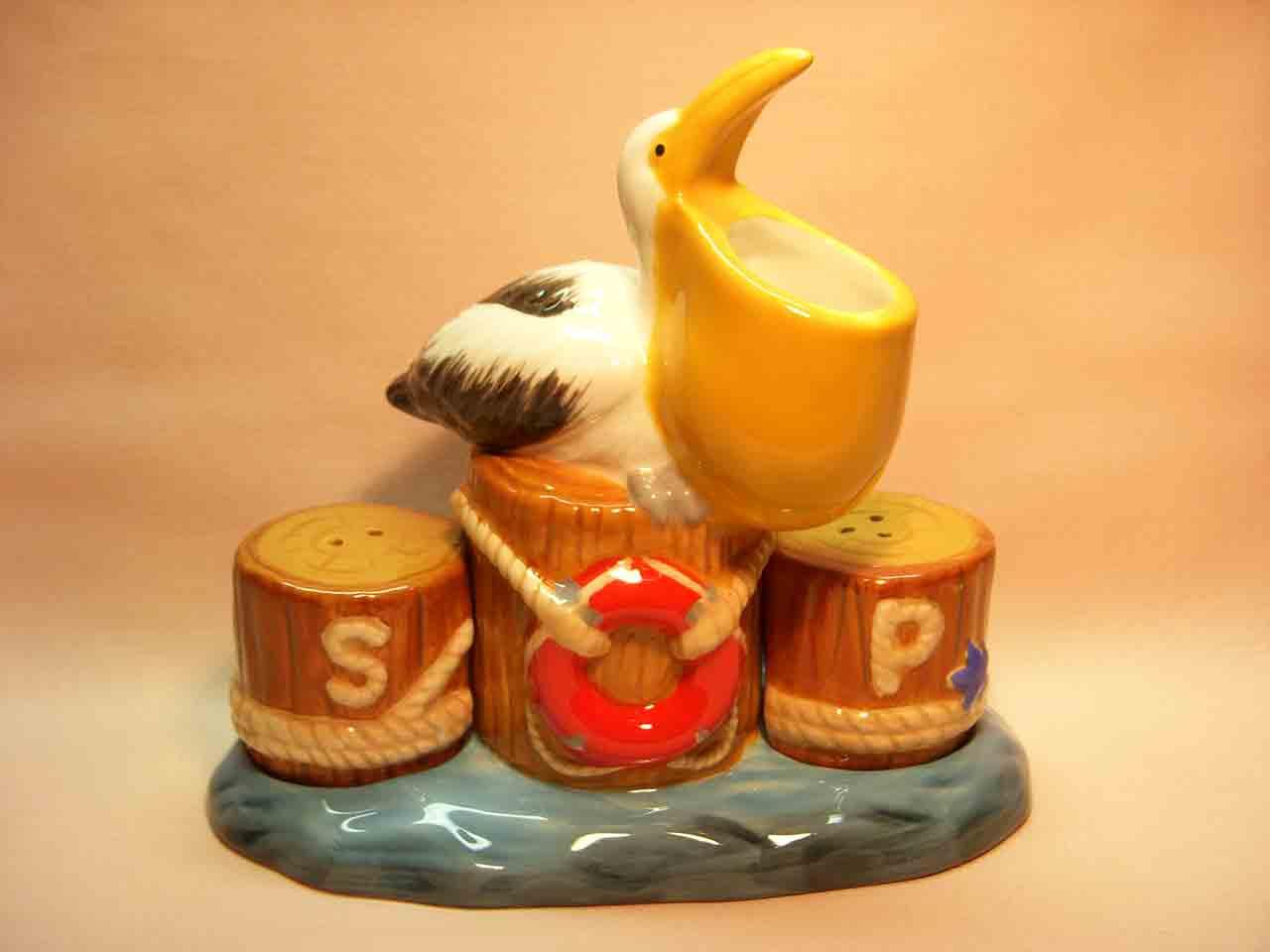Pelican on pier Mwah Westland Giftware salt and pepper shakers