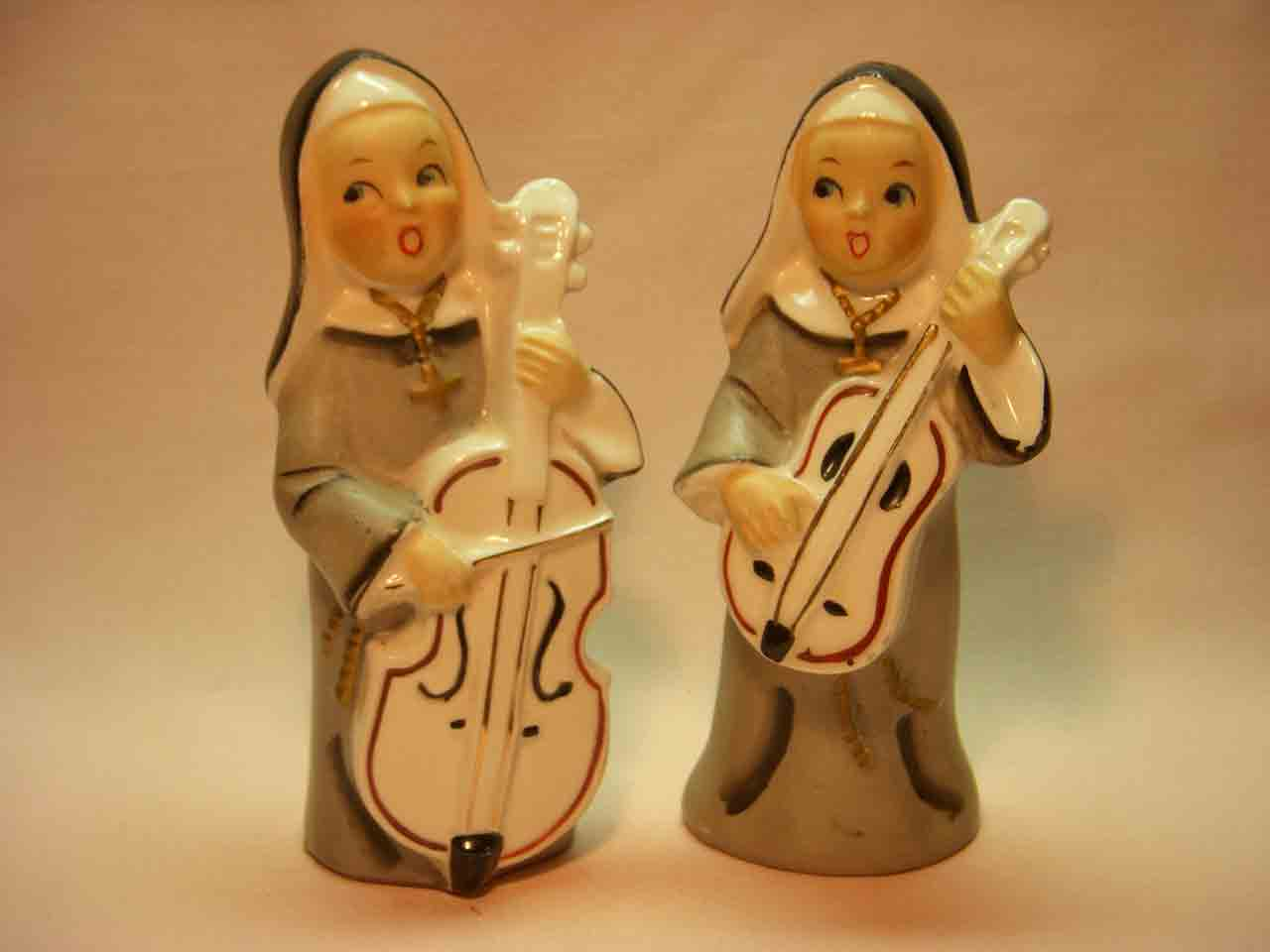 Nuns playing instruments salt and pepper shakers