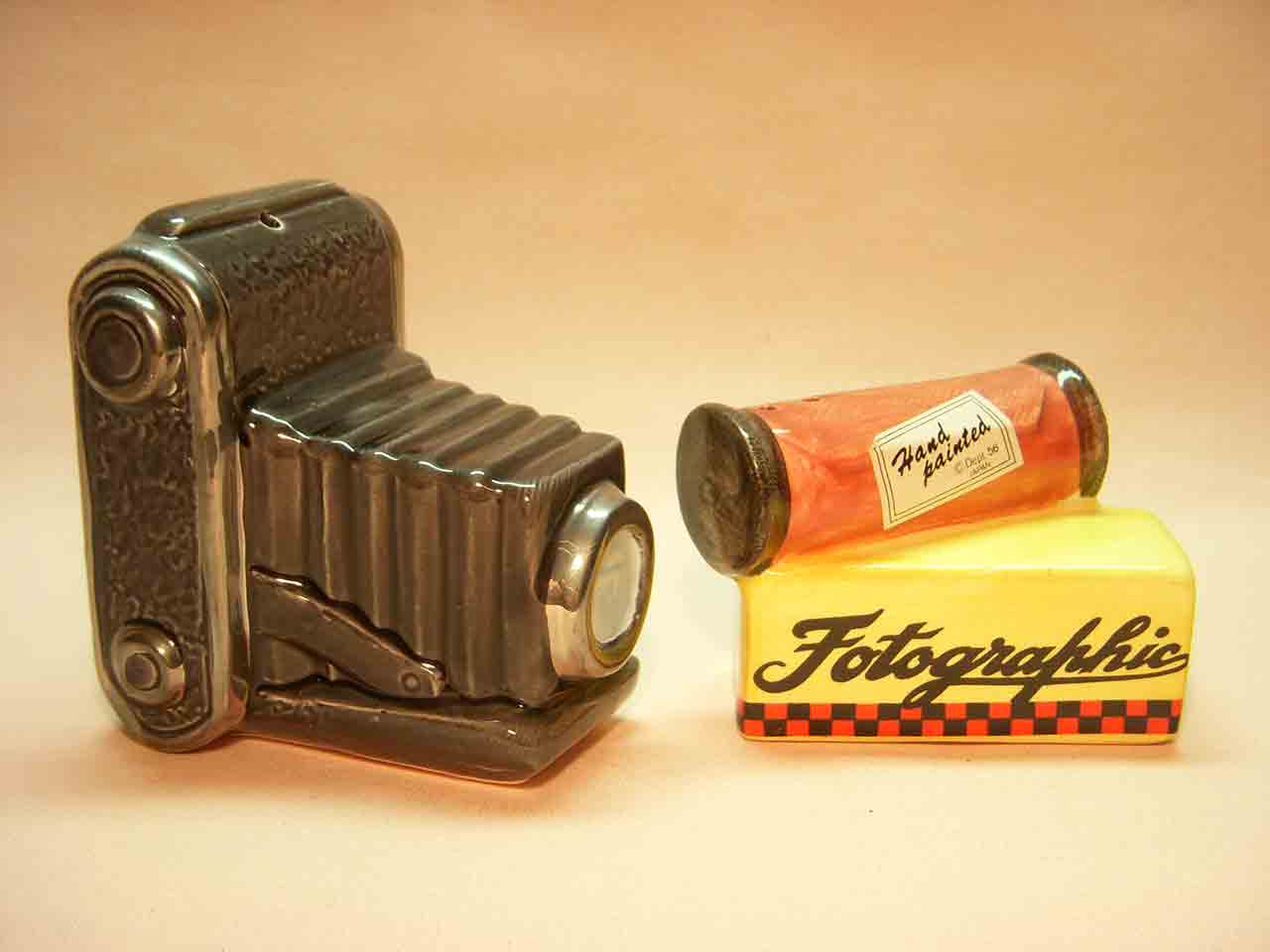 Camera and film salt and pepper shakers